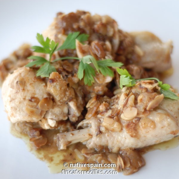 Chicken In Almond Sauce – Pollo en Salsa de Almendras – Spanish Recipe