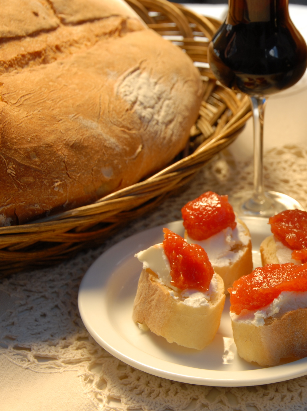 Traditional Spanish Bread – Pan – Video